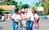 Ngày tình nguyện vì cộng đồng của Amway tại làng SOS