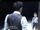Thích thú với vở nhạc kịch 'tấm gương'