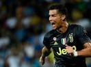 Quên thẻ đỏ tại Champions League, Ronaldo bùng nổ ở Serie A