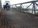 Dân Nhà Bè kêu cứu vì cầu sắt không đảm bảo
