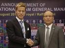 Honda  họp 'lives tream' với tuyển Campuchia