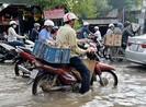 TP Long Xuyên bất ngờ ngập sâu do triều cường
