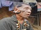 Phóng sự ảnh: Giáp mặt những chiến binh săn đầu người