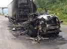 Cháy xe đầu kéo, đường tránh Nam Hải Vân kẹt xe gần 3 km
