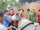 Đoàn Thanh niên Sở Tư pháp TP.HCM giúp dân làm đường bê tông