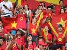Khi phố Nguyễn Huệ phục vụ bóng đá, người dân đi đường nào?