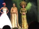 Việt Nam đoạt giải quốc phục tại Miss Heritage Global