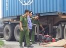 Va chạm xe container thanh niên 19 tuổi chết thảm ở Bình Chánh