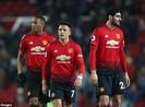 Mourinho cầu xin cầu thủ thi đấu vì MU