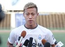 Danh thủ Keisuke Honda gặp rắc rối tại Campuchia