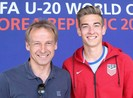 Chuyện nhà Klinsmann: Cha làm tiền đạo, con thủ môn