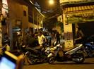 1 thanh niên bị bắn gục trước nhà ở quận Tân Phú