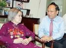 Lãnh đạo TP.HCM thăm phu nhân Tổng Bí thư Lê Duẩn