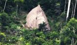 Phát hiện bộ lạc biệt lập với thế giới tại Amazon