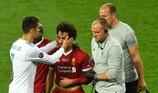 Salah về quê hương Ramos chữa chấn thương