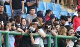 Fan la hét, chào đón Olympic Việt Nam ở Bình Dương
