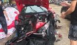 Chiếc Ferrari của ca sĩ Tuấn Hưng gặp nạn trên cao tốc