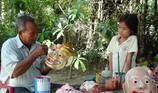 Đôi tay tài hoa của người đàn ông Khmer