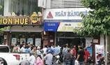 Truy bắt kẻ cướp tiền tỉ một ngân hàng ở quận Bình Thạnh