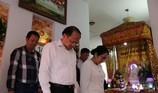 Lãnh đạo Thành ủy TP.HCM viếng anh hùng Nguyễn Văn Thương