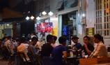 Quán nhậu, quán cà phê chật cứng người xem Việt Nam đá bán kết