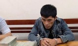 Lợi dụng sau mưa lũ, ôm 10 bánh ma túy vào Việt Nam