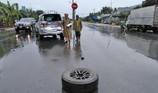 Tông xe liên hoàn trên đường dẫn cao tốc TP.HCM - Trung Lương
