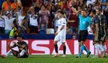 """Thẻ đỏ của Ronaldo: Trọng tài bị """"ảo giác"""""""