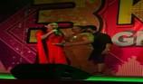 Ca sĩ Phi Nhung cho nữ khán giả mất vàng 10 triệu đồng