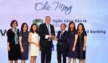 """Vietcombank nhận giải thưởng """"Ngân hàng bán lẻ tiêu biểu 2018"""""""