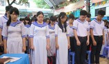 Xúc động học sinh TP.HCM tưởng niệm sự kiện đảo Gạc Ma