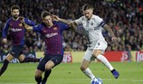 Barcelona, Borussia Dortmund toàn thắng, Tottenham lâm nguy