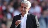 Mourinho: 'Chỉ có phép màu MU mới vào Top 4 Premier League'