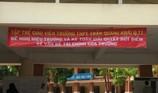 Vụ GV treo băng rôn phản đối: Đình chỉ công tác hiệu trưởng