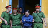 Phiên xử Vũ 'nhôm': Luật sư khen bị cáo trung thực