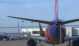 Máy bay hãng Southwest Airlines lại gặp sự cố động cơ