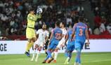 Trang phục thi đấu của tuyển Ấn Độ rất nhạy cảm?