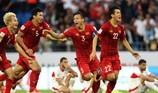 Báo chí Vùng Vịnh viết về 1 năm đỉnh cao của bóng đá Việt Nam