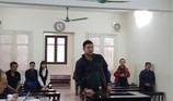 Cựu quân nhân phạm tội khi bị kích động ngờ nghệch trước tòa