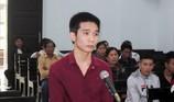 Nghi nạn nhân xúi người đánh mình, sinh viên gây án