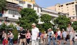 Du khách nước ngoài đến Việt Nam đông vì thích lễ hội ?