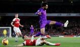 Hòa Liverpool, Arsenal bất bại 9 trận liên tục
