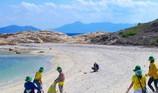 Nhận gần 1 triệu m3 bùn, cát vào biển: Tác hại mãi mãi!