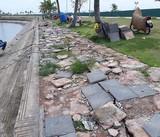 Nhếch nhác cảng tàu khách Tuần Châu