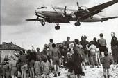 Những chiến dịch cứu trợ quân sự lớn nhất trong lịch sử