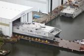 Mỹ hạ thủy siêu tàu đổ bộ 3 thân JHSV-4