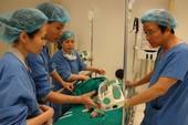 Lần đầu tiên ghép tế bào gốc chữa bại não