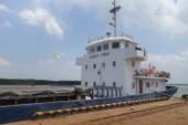 """Tàu chở 2.700 tấn bụi lò thép """"mất tích"""" trên vùng biển Vũng Tàu?"""