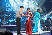 Phương Mỹ Chi lại nhận giải BHYT