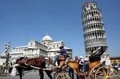 Vì sao tháp nghiêng Pisa không bị động đất đánh sập?